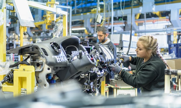 fall-apprenticeships-may-force-radical-rethink-uk-policy